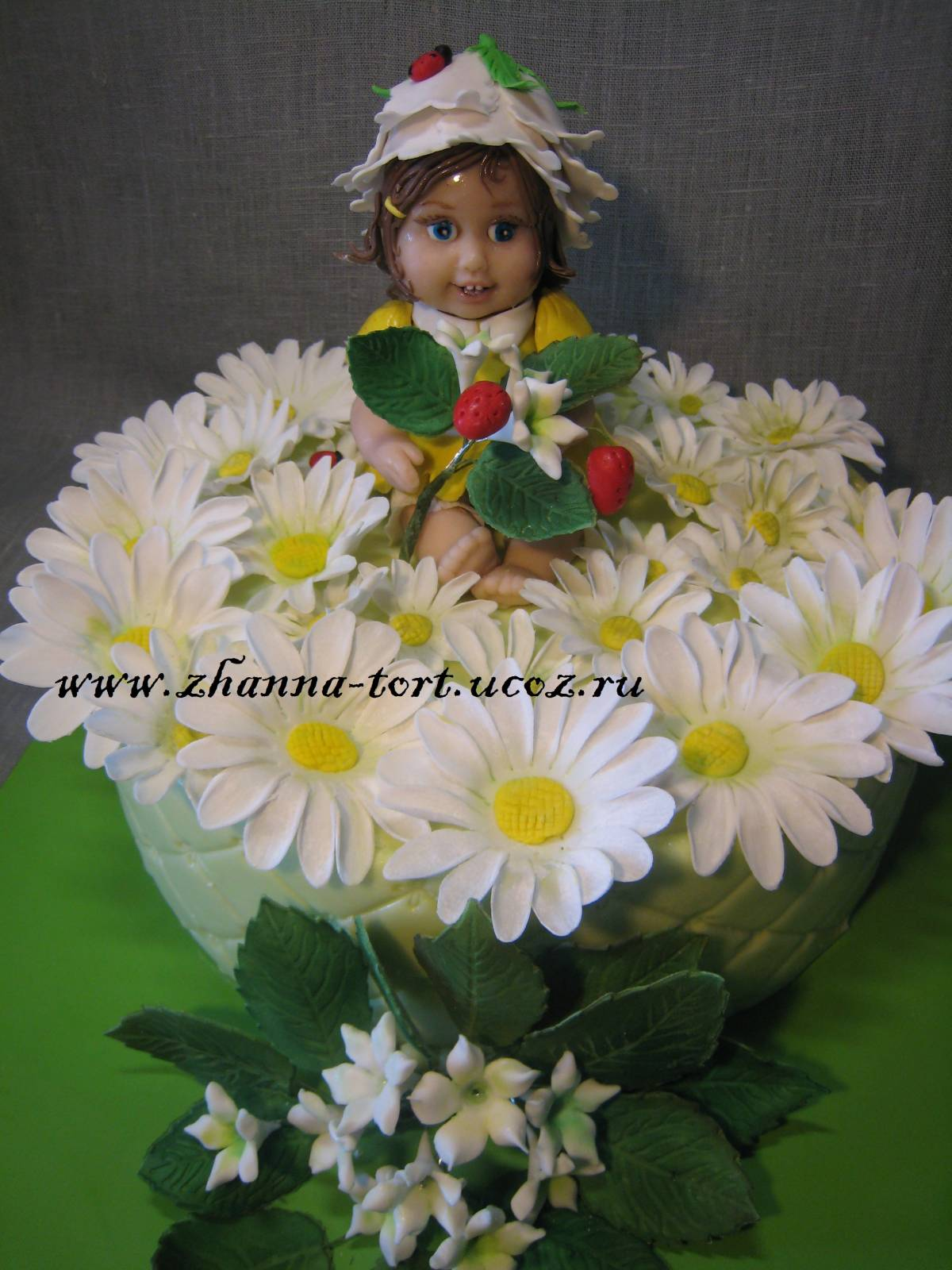 Торт девочка в цветке фото